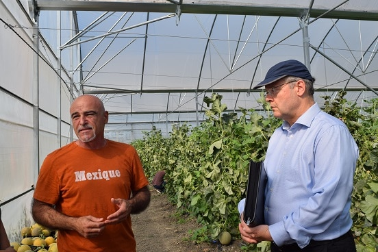 Swiss Ambassador Adrian Maître (right) meeting agribusiness representatives during field visit in Lushnje, 19.06.2019. ©