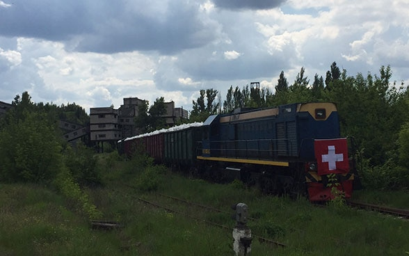 Swiss humanitarian train for the Eastern Ukraine (May 2016)