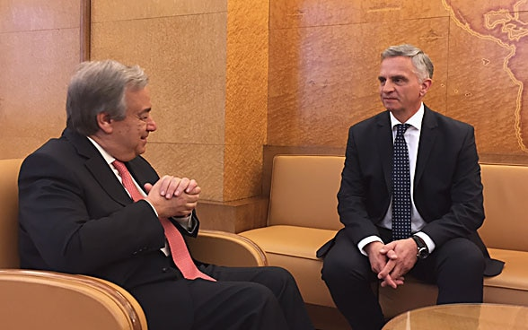 Federal Councillor Didier Burkhalter and the new UN Secretary General António Guterres in a bilateral meeting in Geneva, 12 January.
