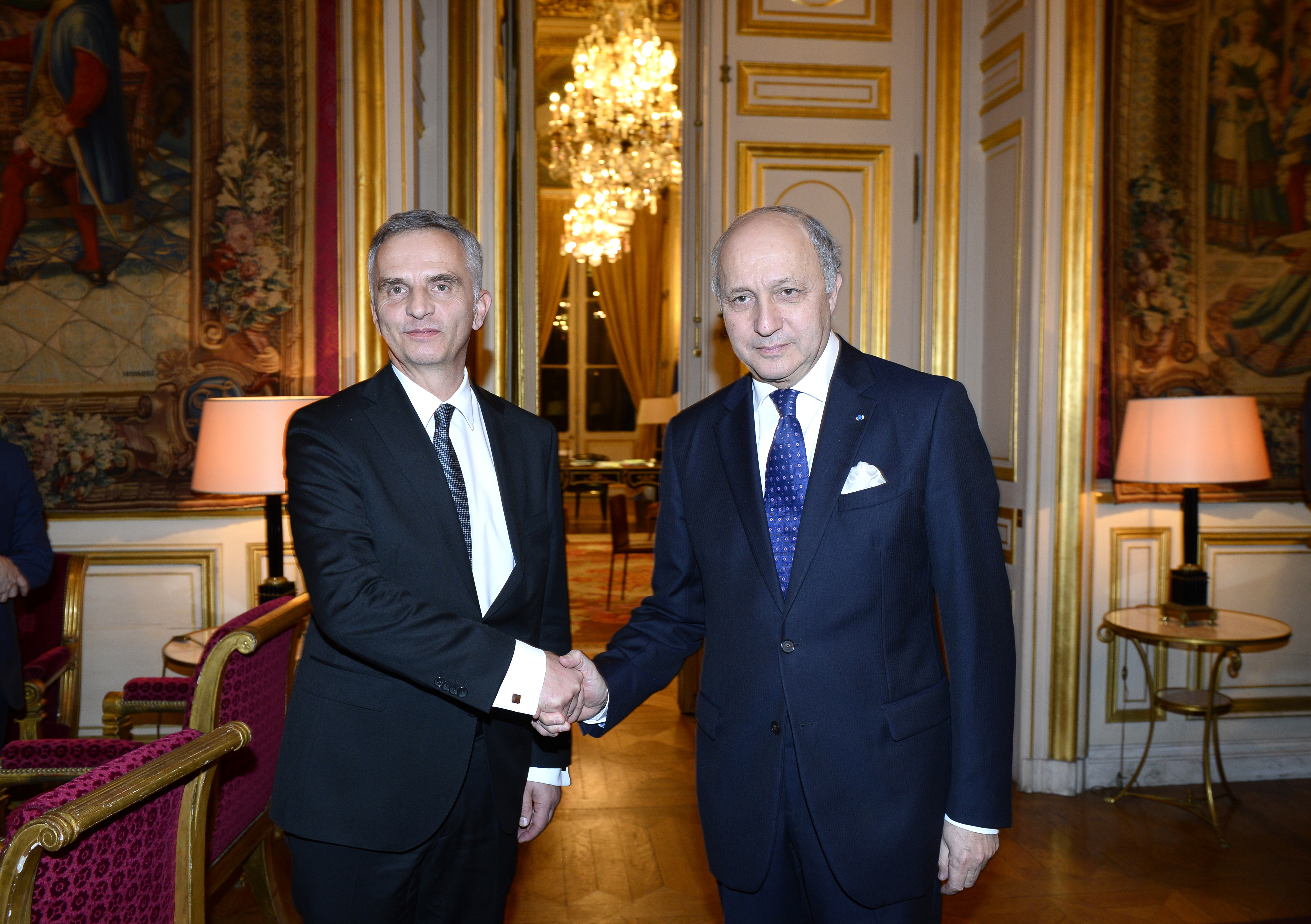 Didier Burkhalter und Laurent Fabius in Paris.