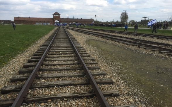 Partecipanti alla March of the Living ad Auschwitz.
